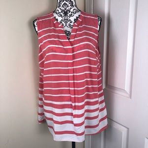 Crown & Ivy Blouse Size XL Color Pink And White